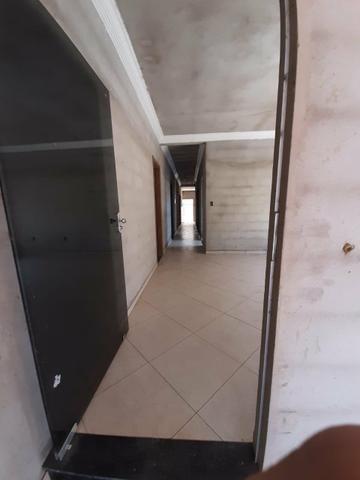 Casa e terreno (lote) com 5 quartos, 3 suítes, ótima localização, aquecimento solar - Foto 7