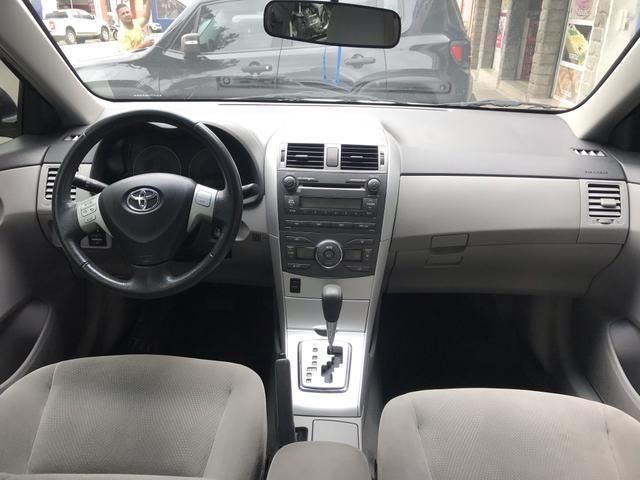Toyota Corolla Gli 1.8 Automático 2013 - Foto 5