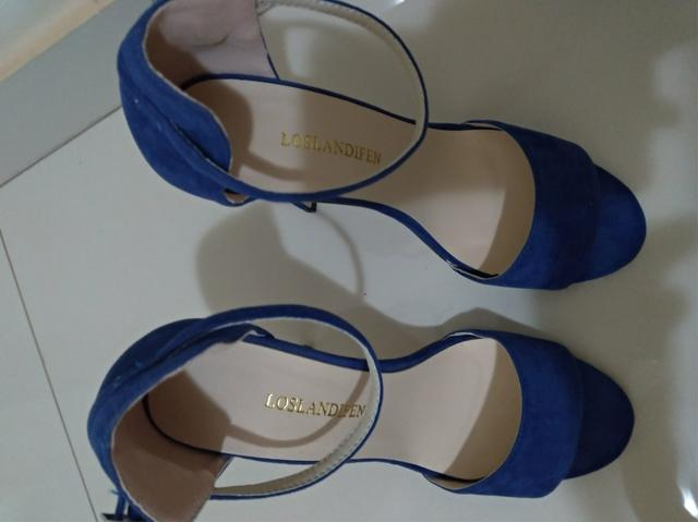 Sandália Salto alto perfeita tamanho 37 - Foto 3