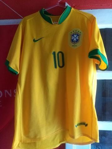 e974e7ee52e0f COMPRE UMA LEVE OUTRA Camisa Seleção Brasileira relíquia original ...