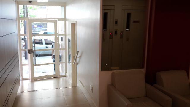 8076 | Apartamento para alugar com 3 quartos em CENTRO, MARINGÁ - Foto 5