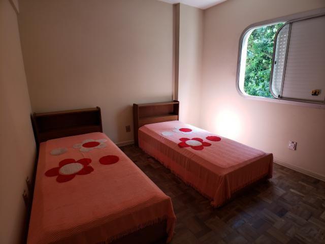 Apartamento à venda com 97m² por 400mil, 3 Dormitórios (1 suíte com sacada), Sala 2 ambien - Foto 7