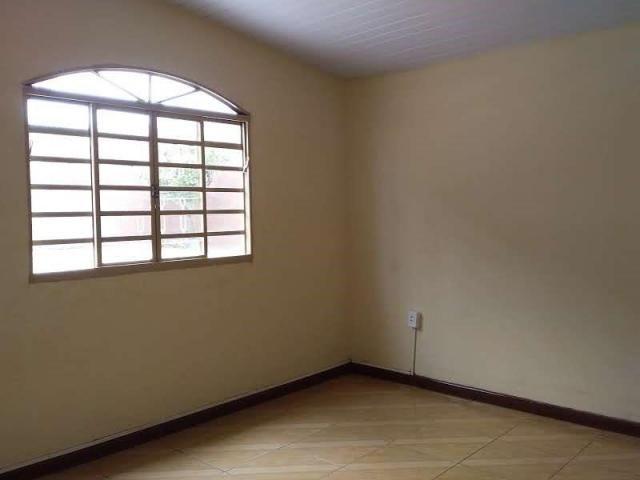 Casa com 4 dormitórios para alugar, 164 m² por R$ 1.900,00/mês - Cajuru - Curitiba/PR - Foto 5