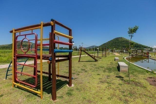 Venha construir a casa seu sonho em verdadeiro Resort de morar agende visita - Foto 16