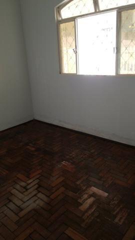Alugo casa de 2 quartos, bairro santo antônio pará de Minas - Foto 3