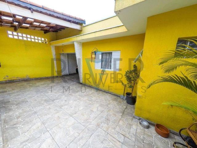 Aceita permuta. Casa térrea em Ferraz de Vasconcelos; 3 quartos (1 suíte); 3 vagas. - Foto 2