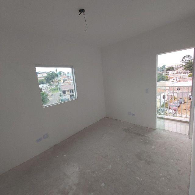 _/ Apartamento de 02 quartos,  sacada , vaga coberta . Fazendinha  - Foto 4
