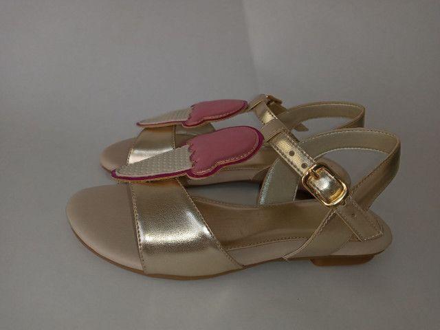 Kit 2 pares de sandálias infantis menina - Foto 5