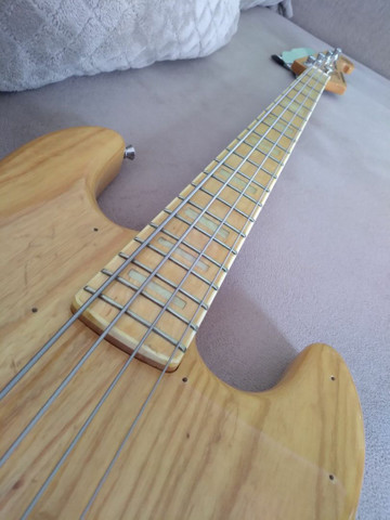 Baixo SX jazz bass 4 cordas