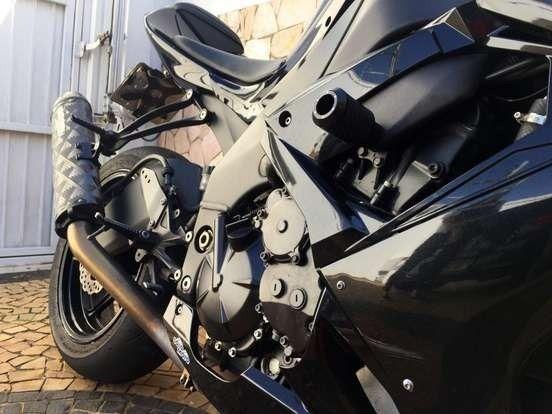 Kawasaki Ninja ZX-10R Único Dono Vendo Urgente! - Foto 5