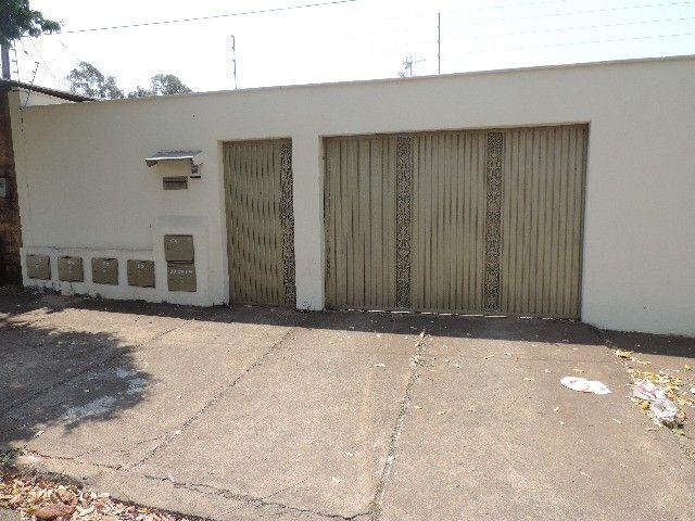 Alugo Quitinete de 1 quarto com garagem, Jardim da Luz, Goiânia