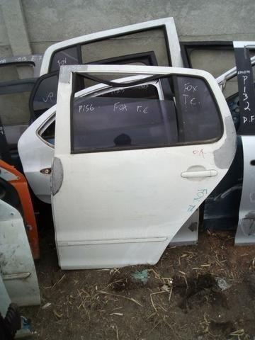 Porta traseira esquerda Volkswagen Fox