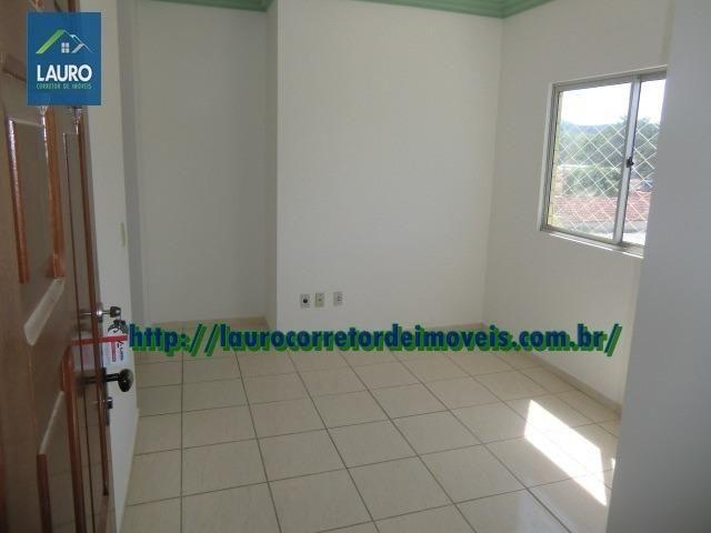 Apartamento com 02 qtos no 2° andar no Castro Pires - Foto 4