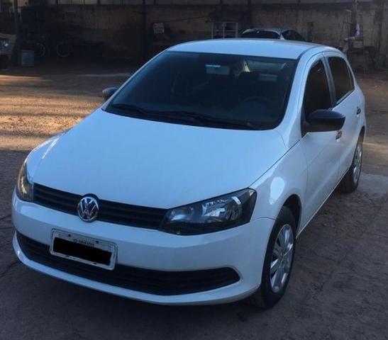 VW Gol 1.0 15/15 Branco (aceita trocas)