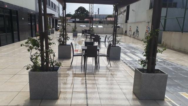 Prédio localizado a 100 m da Avenida Fernandes Lima Enfrente ao Quartel - Foto 8