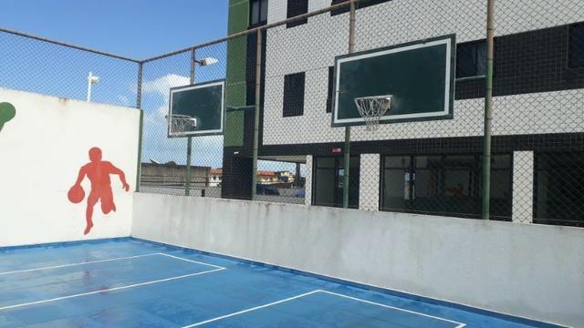 Prédio localizado a 100 m da Avenida Fernandes Lima Enfrente ao Quartel - Foto 12