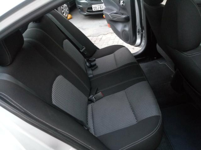 Nissan Versa 1.6 Completo Rodas 9.700KM! Troco Financio - Foto 7