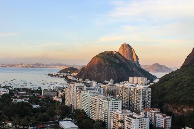 3 Quartos - Botafogo - Vista p/ Cristo e Pão de Açúcar - Andar alto - Foto 2