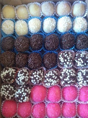 Cx com 30 doces da melhor qualidade - Foto 2