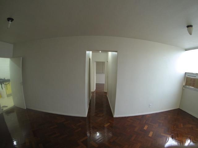 3 Quartos - Botafogo - Vista p/ Cristo e Pão de Açúcar - Andar alto - Foto 4