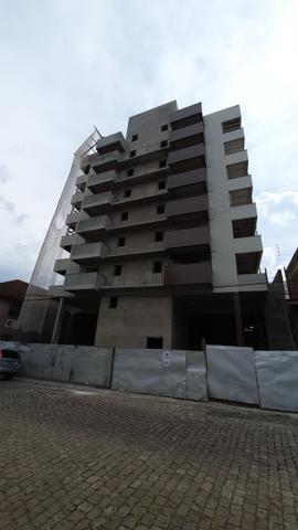 Vendo excelente apartamento em construção, a uma quadra do centro - Foto 4