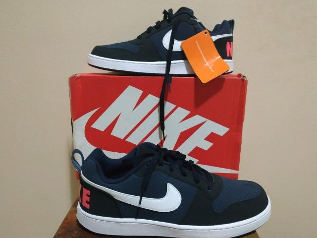 Tênis Nike Court Borough Low
