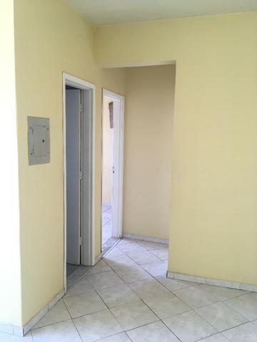Apartamento Av. do CPA (atras Mc Donald's) - Foto 5