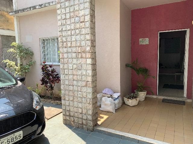 Ótima Casa Olaria Frente de Rua com Terraço e Anexo nos Fundos - Foto 3