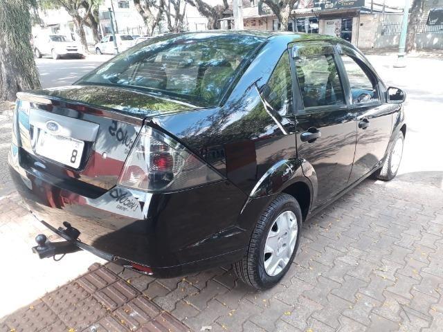 Fiesta Sedan 1.0 Zetec Rocam - Foto 4