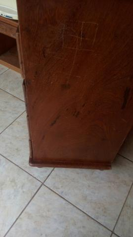 Vende se uma cómoda de madeira c 4gavetas usada - Foto 2