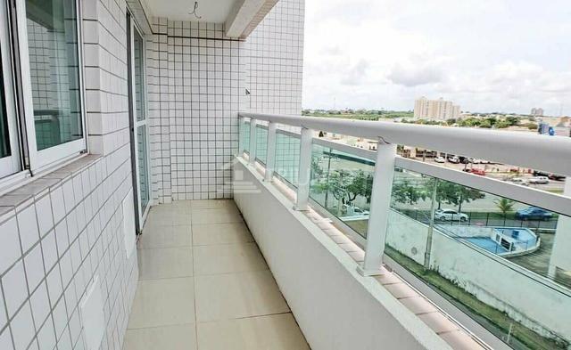 (ES) Apartamento no Cohajap, 03 Quartos, Varanda Ampla