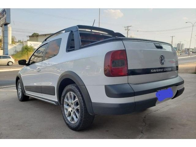 Volkswagen Saveiro Cross 1.6 16v MsI CD (Flex) 2015 - Foto 2