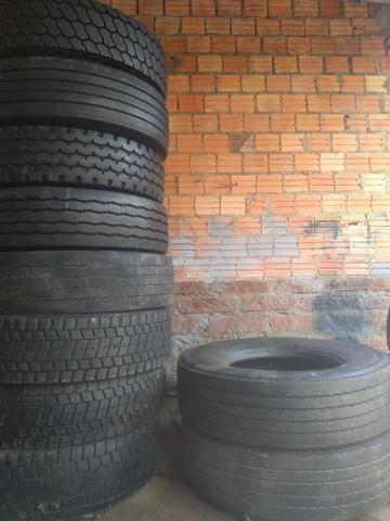 10 pneus 295 com câmera - Foto 3