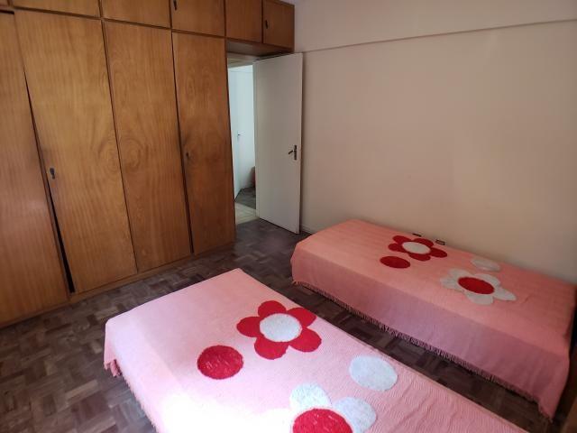 Apartamento à venda com 97m² por 400mil, 3 Dormitórios (1 suíte com sacada), Sala 2 ambien - Foto 8