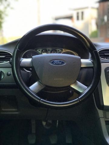 Ford Focus 1.6 gl 4P - Foto 5