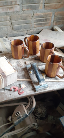 Caneca chopp em madeira - Foto 4