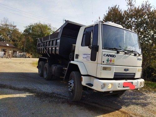 Ford Cargo 2628 6x4 Traçado Ano 2011 - Caçamba 10m