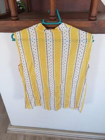 Lote de 2 blusas femininas (tamanho M) - Foto 4