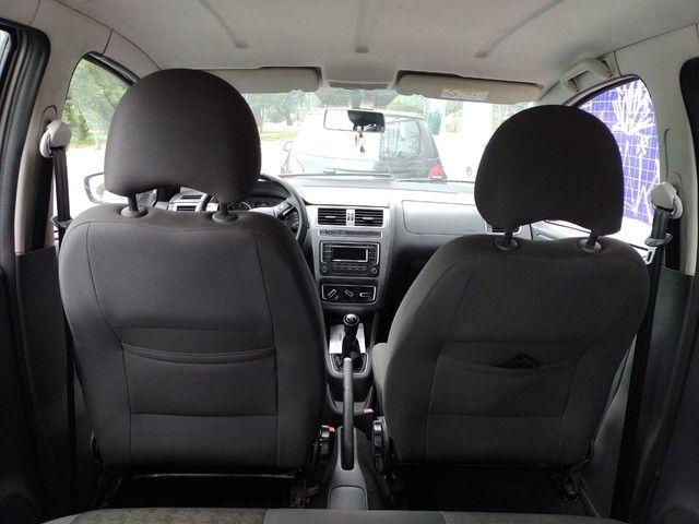 Vw - Volkswagen Fox Comfortline 1.6 completo - Foto 10