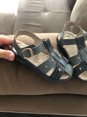 Sandália menino tamanho 22 - Foto 2