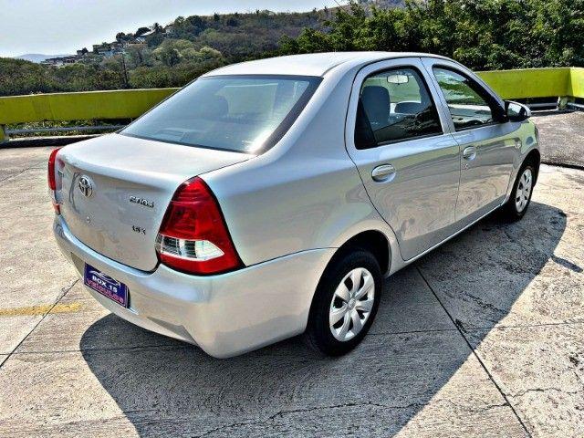 Toyota Etios sedan x1.5 única dona !!! - Foto 5