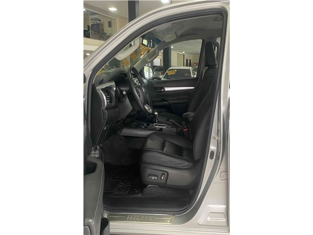 Toyota Hilux 2.7 Srv 4x2 Flex + Gnv Automático 2017!!! - Foto 15