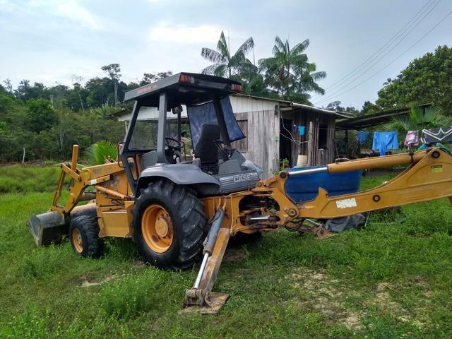 Retro escavadeira Troco por casa em Manaus - Foto 5