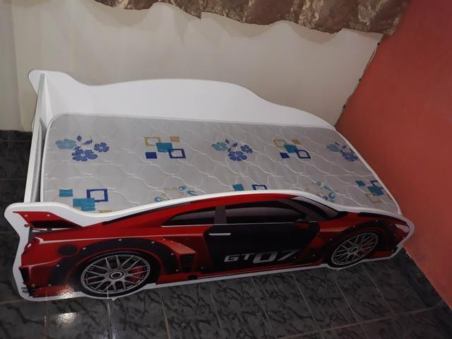 Mini cama infantil com o colchão