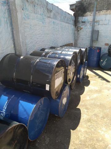 Bora aproveitar tambores de 200 litros em excelente estado