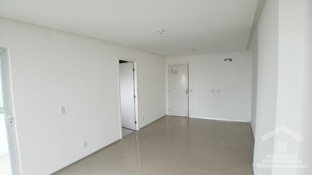 Apartamento no Vivendas Ponta do Farol ? 81m ? 3 Quartos ? 2 ou 3 Vagas