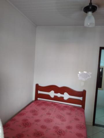 Alugam-se apartamentos em Piúma ,boa localização (perto da praia e da feira do sol) - Foto 5