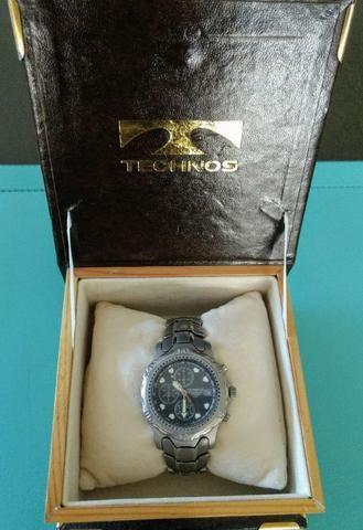 Relógio Technos Chronograph Titanium - Retro - Conservadíssimo!!!