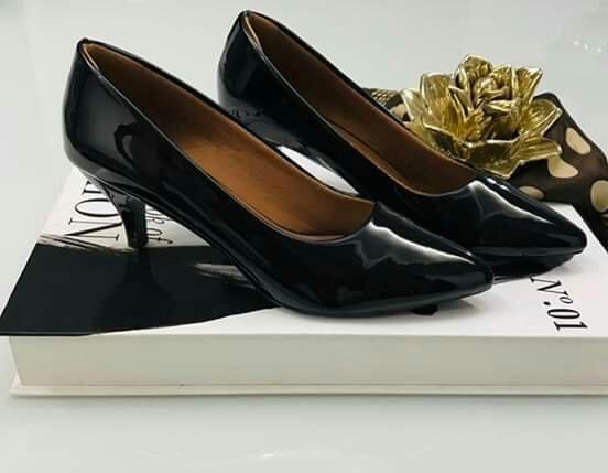Grande promoção de ofertas mulheres elegantes sexy negócios casamento sapatos e sapatilhas