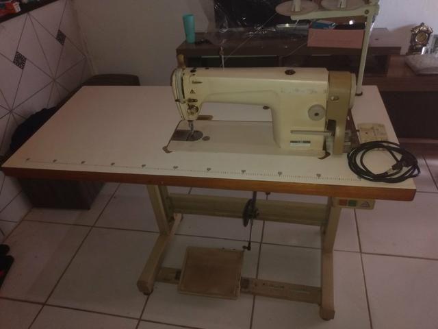 Máquina de costura industrial reta semi-nova - Foto 4